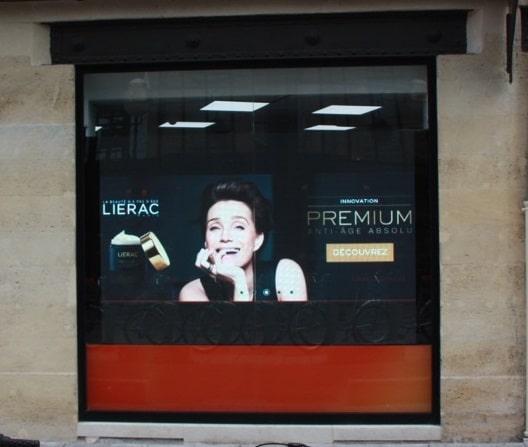 Installation écran de vitrine à Bordeaux